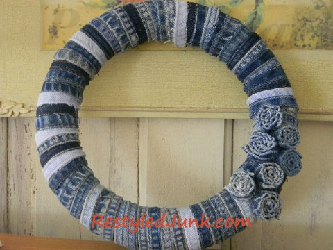 Here is another incredible denim wreath project.