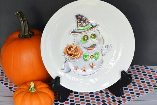 Halloween plate on black holder