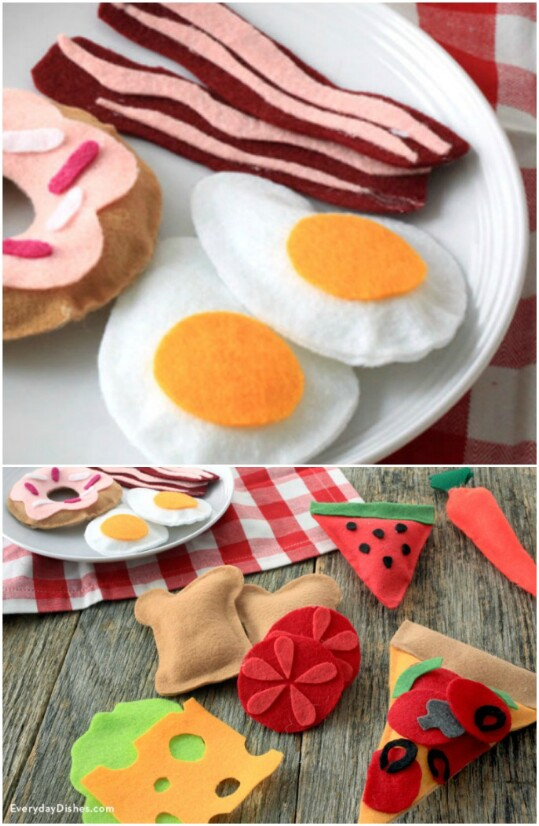 21. Felt Play Food to Delight the Kiddies