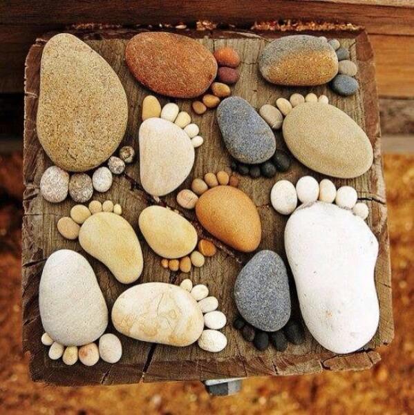 16. Stone Art