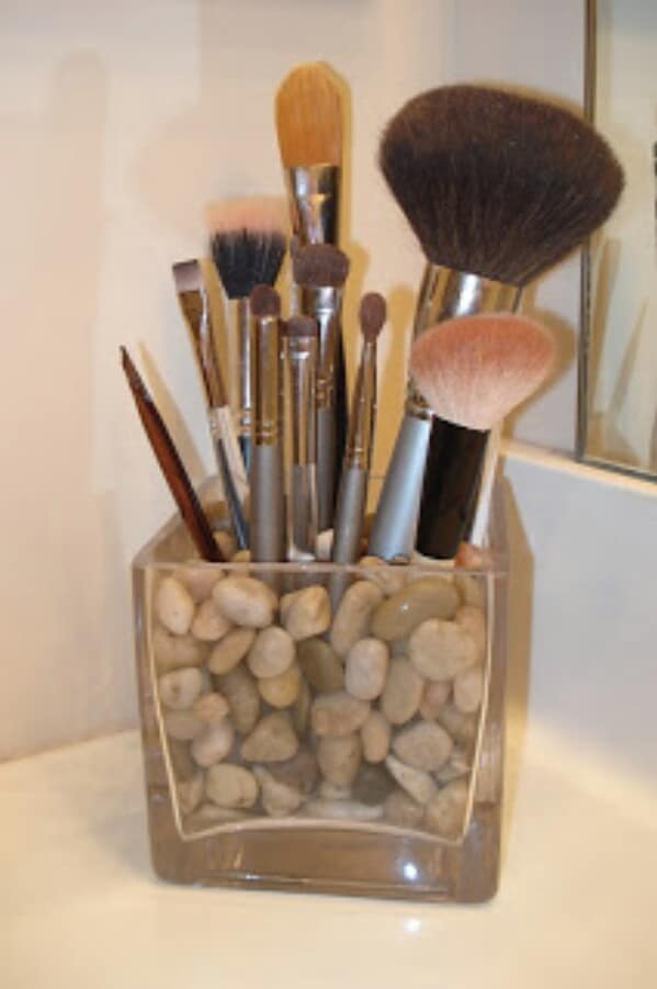 33. Makeup Brush Storage