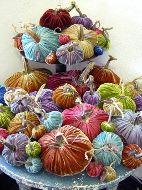 59. DIY Velvet Pumpkins
