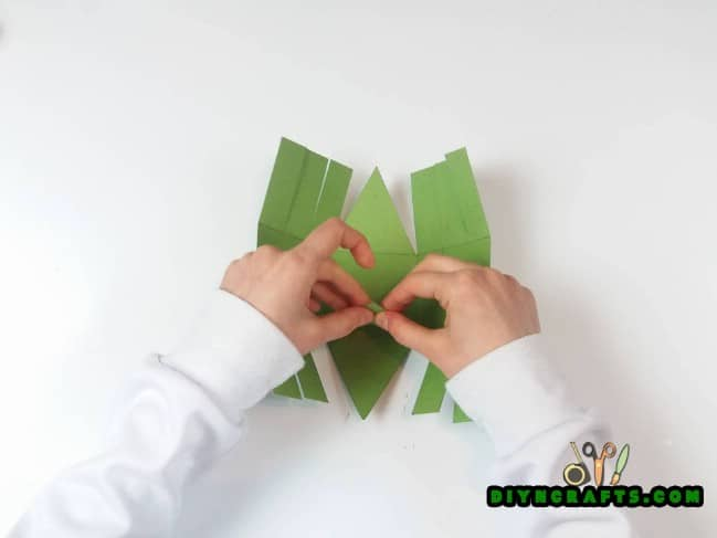 Step 3 - Here Is How to Make a Beautiful Easter Basket … Out of Paper!