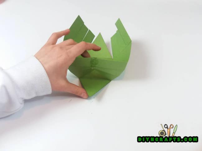 Step 4 - Here Is How to Make a Beautiful Easter Basket … Out of Paper!