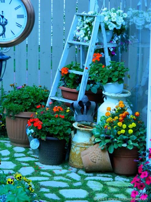 Rustic Garden Plant Holder