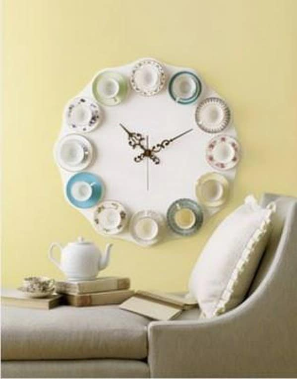 DIY Vintage Teacup Clock