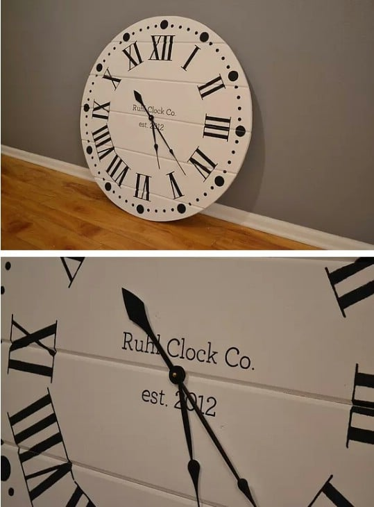 Gorgeous Shiplap Clock
