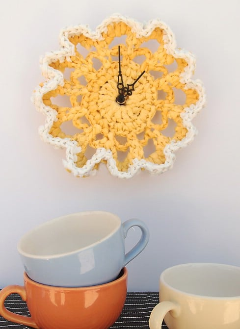 Upcycled Crochet Plastic Bag Clock