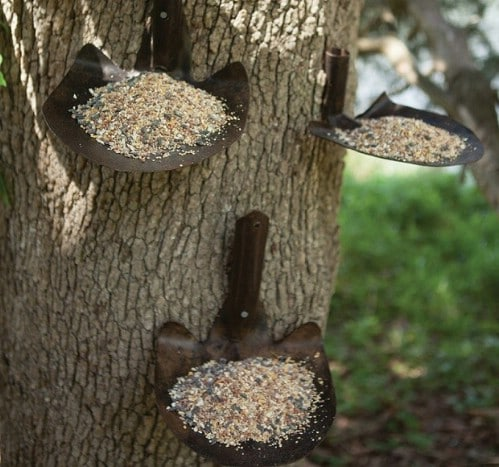 Repurposed Shovel Birdfeeder