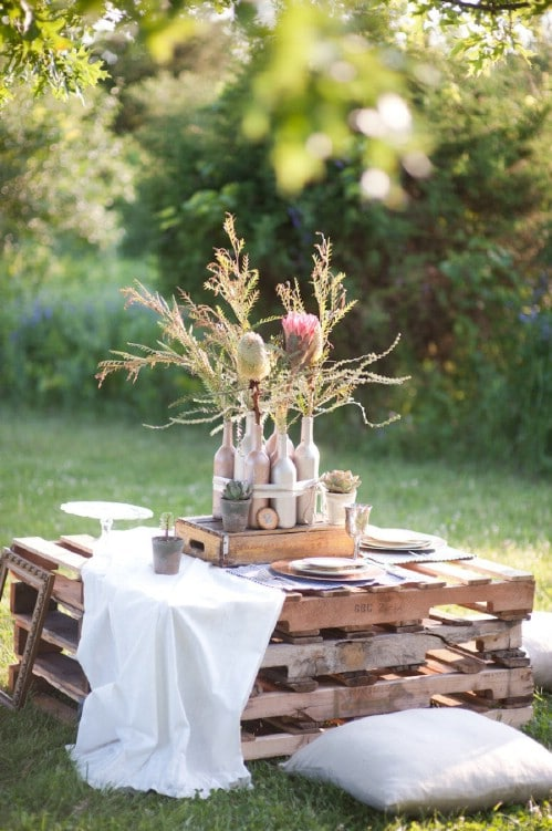 DIY Outdoor Pallet Tables
