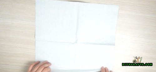 Fan Napkin - 5 Creative and Mind-Blowing Napkin-Folding Tricks in Under 4 Minutes