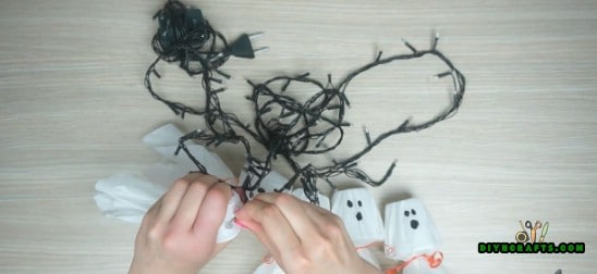 Ghost Lights - How to Make 5 Spooky Halloween Decorations Out of Simple, Cheap Supplies