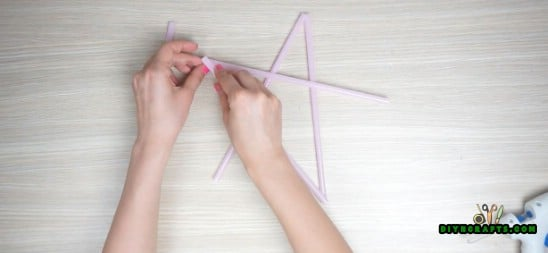 Hanging Stars - 5 Amazing Straw Projects In Just 4 Minutes