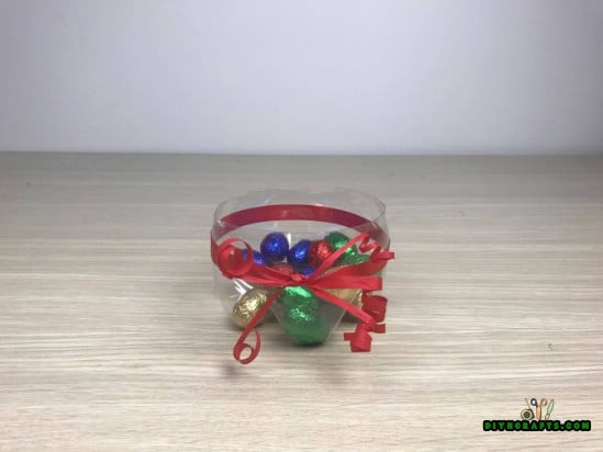 Candy Bowl - 5 Creative DIY Projects for Upcycling Your Plastic Bottles {Video Tutorial}