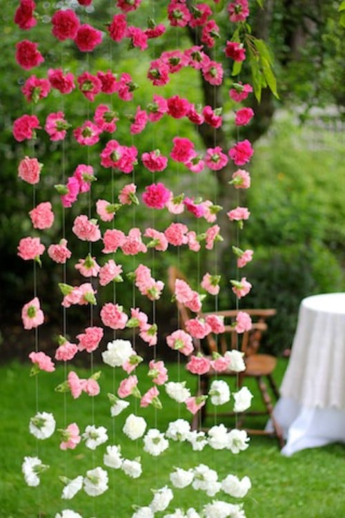 Make an ombre garland out of real flowers.