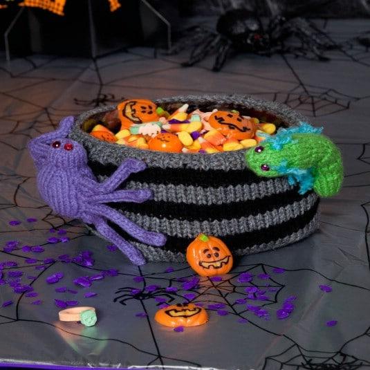 DIY Knit Bug Infested Bowl