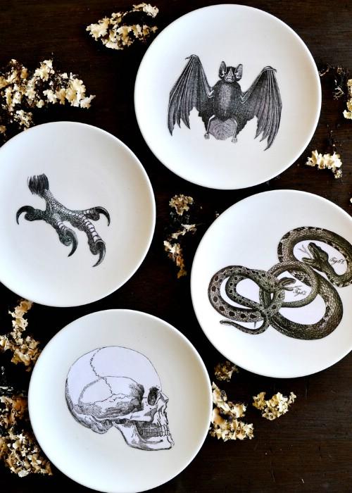 Easy DIY Halloween Silhouette Plates
