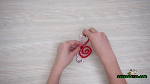 Candy Cane Treble Clefs - 5 Candy Cane Projects for a Deliciously Festive Christmas