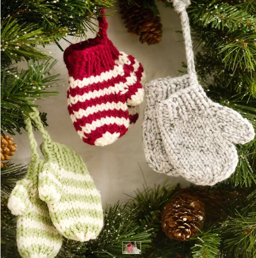 Tiny Crochet Mittens Ornaments