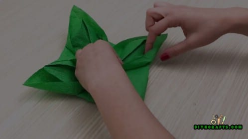 Fancy Napkin - 5 Festive DIY Christmas Napkin Designs With Simple Video Instructions