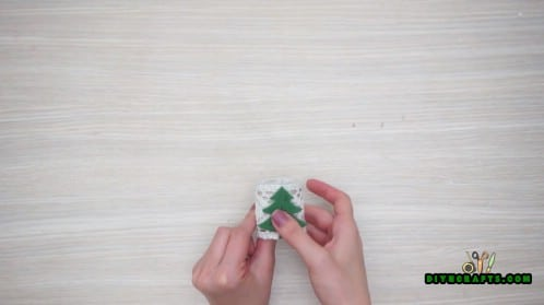 Christmas Tree and Lace Napkin Ring - How to Make 5 Festive Holiday Napkin Rings In Under 2 Minutes