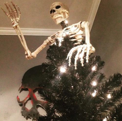Spooky Skeleton Tree
