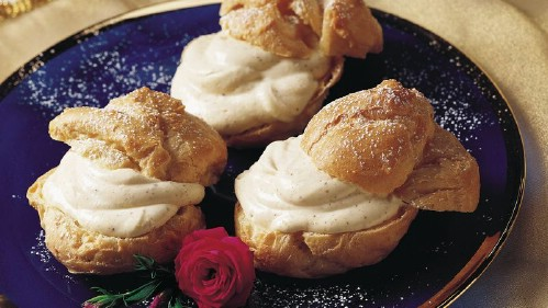 Homemade Eggnog Cream Puffs