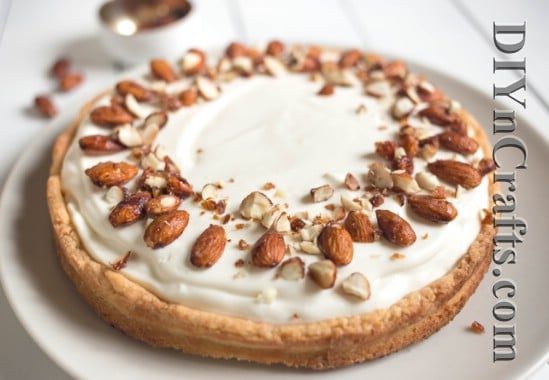 Such a beautiful cheesecake – and delicious, too!