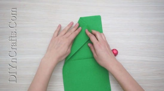 Christmas Tree - How to Fold These 5 Easy and Decorative Christmas Napkins