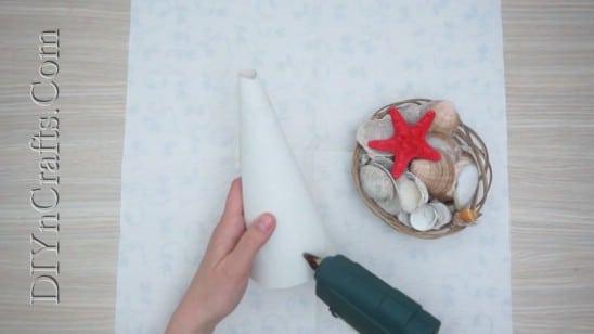 Shell Christmas Tree - 5 Easy Ways to Make Cute Miniature DIY Christmas Trees