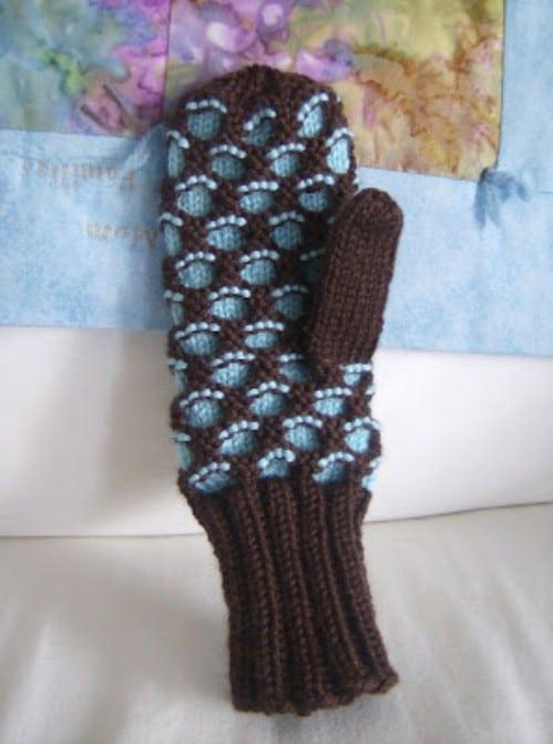 Knit Adult Newfie Mitten