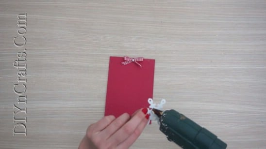 Snowflake Card - Send Your Season's Greetings In Style With These 5 DIY Christmas Cards