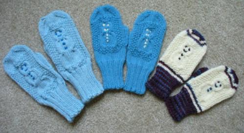 Knit Snowman Design Mittens