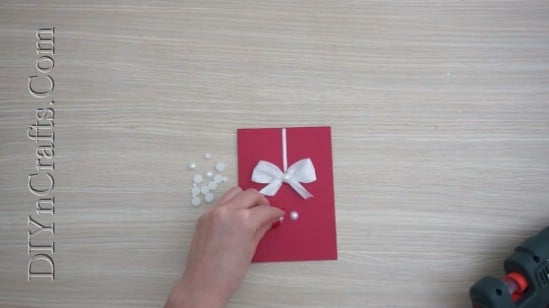 Ornament Card - Send Your Season's Greetings In Style With These 5 DIY Christmas Cards