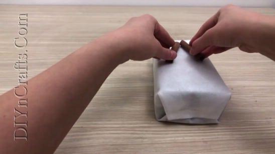 Cinnamon Sticks Gift Wrap - 5 Brilliantly Creative DIY Gift Wrapping Ideas for Christmas