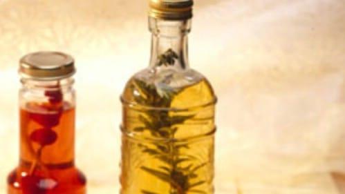 Make Your Own Homemade Herb Vinegars