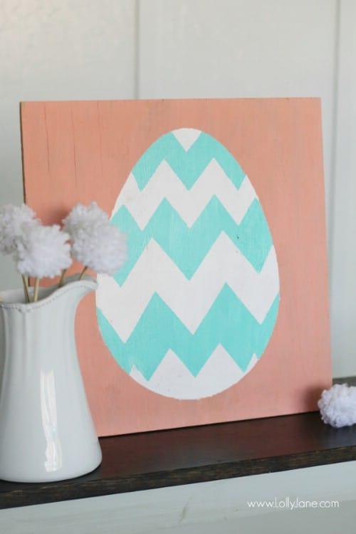 Wooden Easter Egg Sign Décor