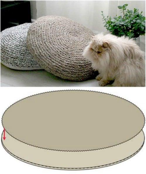 Easy DIY Crocheted Rag Pillows
