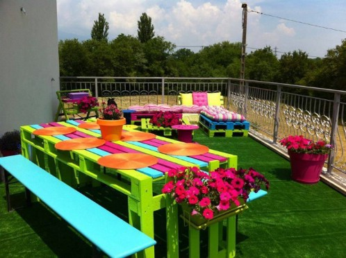 Colorful Repurposed Pallet Picnic Table