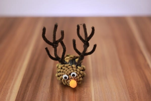 How to Turn a Pine Cone Into a Cute Reindeer