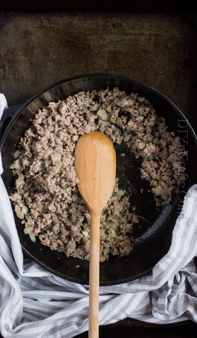 Browning minced beef.