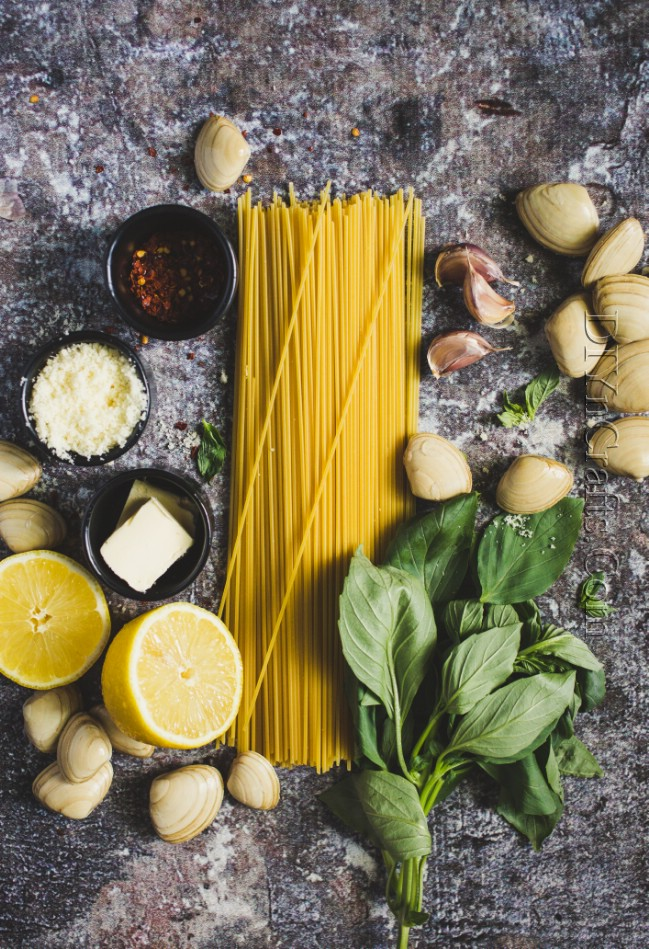 Ingredients for Spaghetti Pesto With Clams