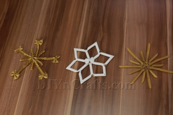 How to Make Pasta Snowflake Christmas Ornaments