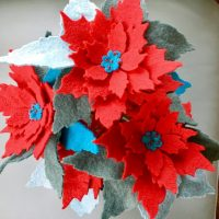 Beautiful Felt Poinsettia Stems