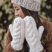 Hand Knit Wool Cable Mittens