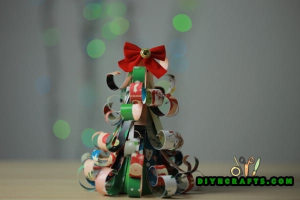How to Make Miniature Christmas Tree Out of Cardstock Strips