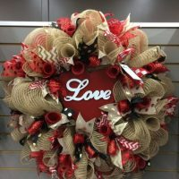 Valentines mesh wreath
