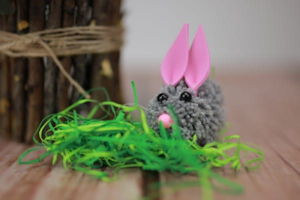How to Make an Adorable Easter Bunny From DIY Pom Poms