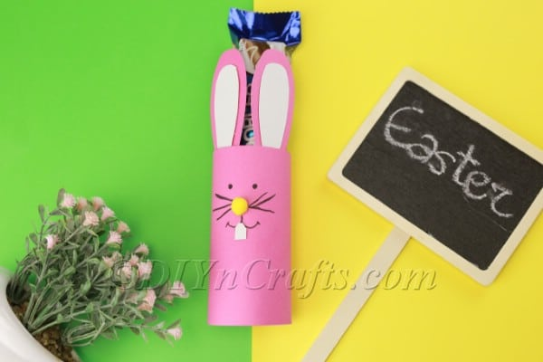How to Make a Cute Paper Easter Bunny Candy Holder