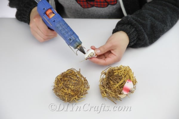 Add extra ornaments as desired to beautify your nests.